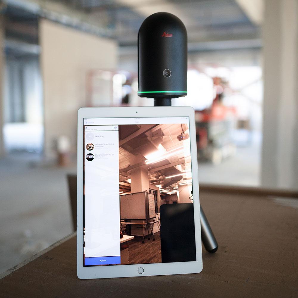 Leica BLK360 mit Tablet