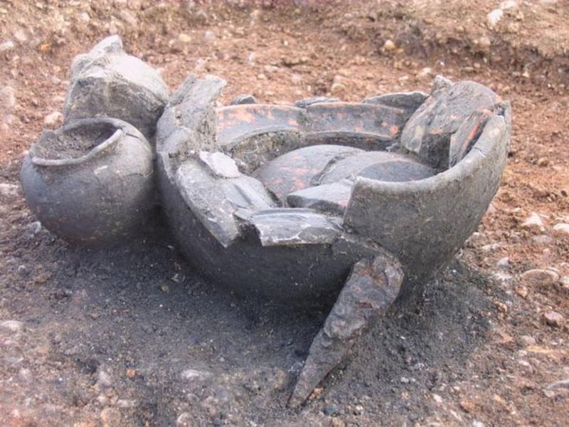 Archäologische Ausgrabung Gefäß 2