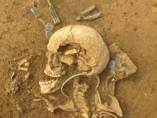 Titel Archäologische Ausgrabung