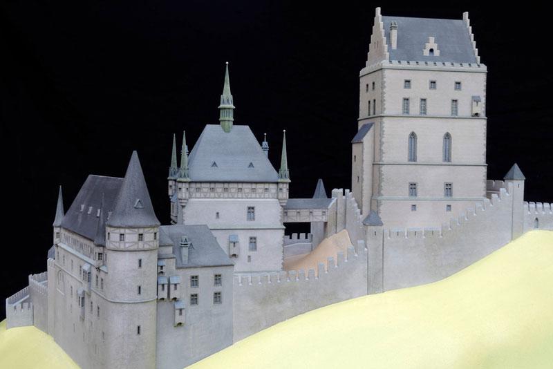 Burgenmodell Karlstein 4