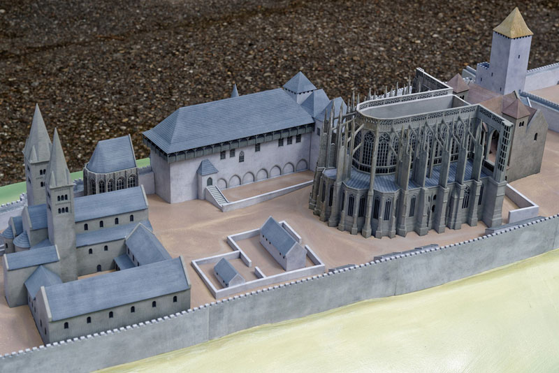Burgenmodell Prag 3
