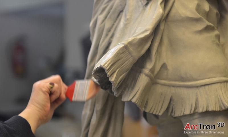 Feuchtmayer-Statue farbleiche Nachgestaltung des 3D-Drucks