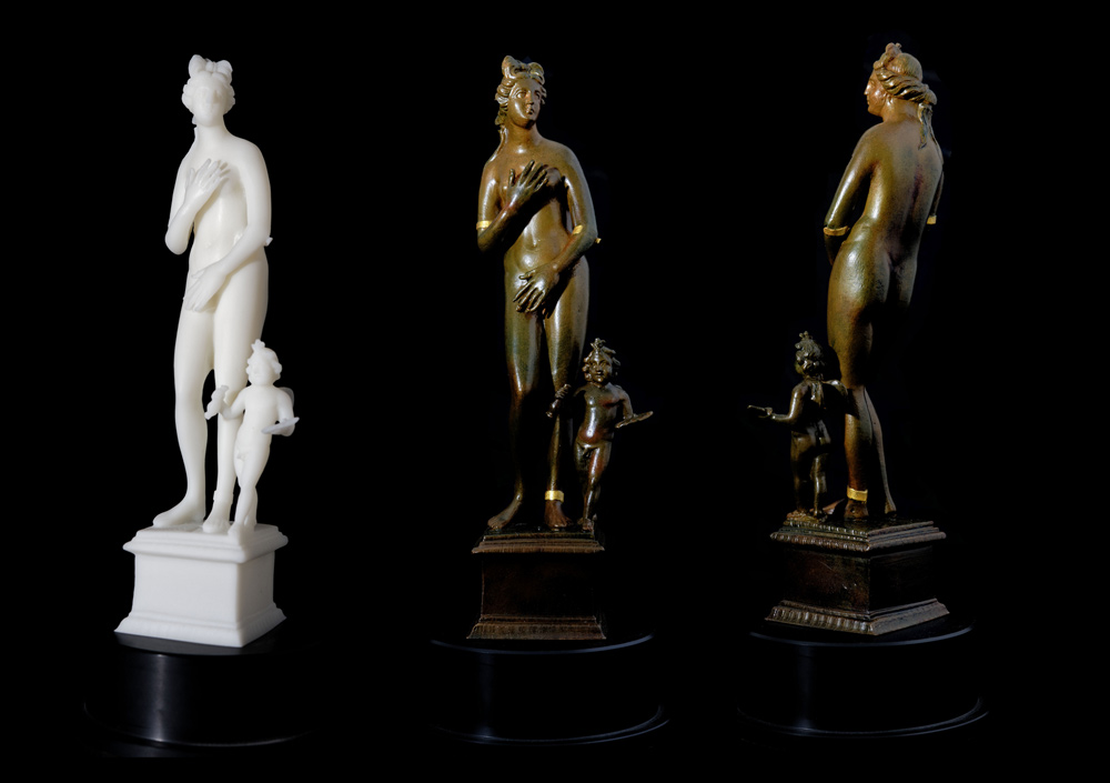 Venus statuette from the Roman Treasure of Weissenburg - 3D documentation, 3D print scaled (blank left), painted statuette from front and back
